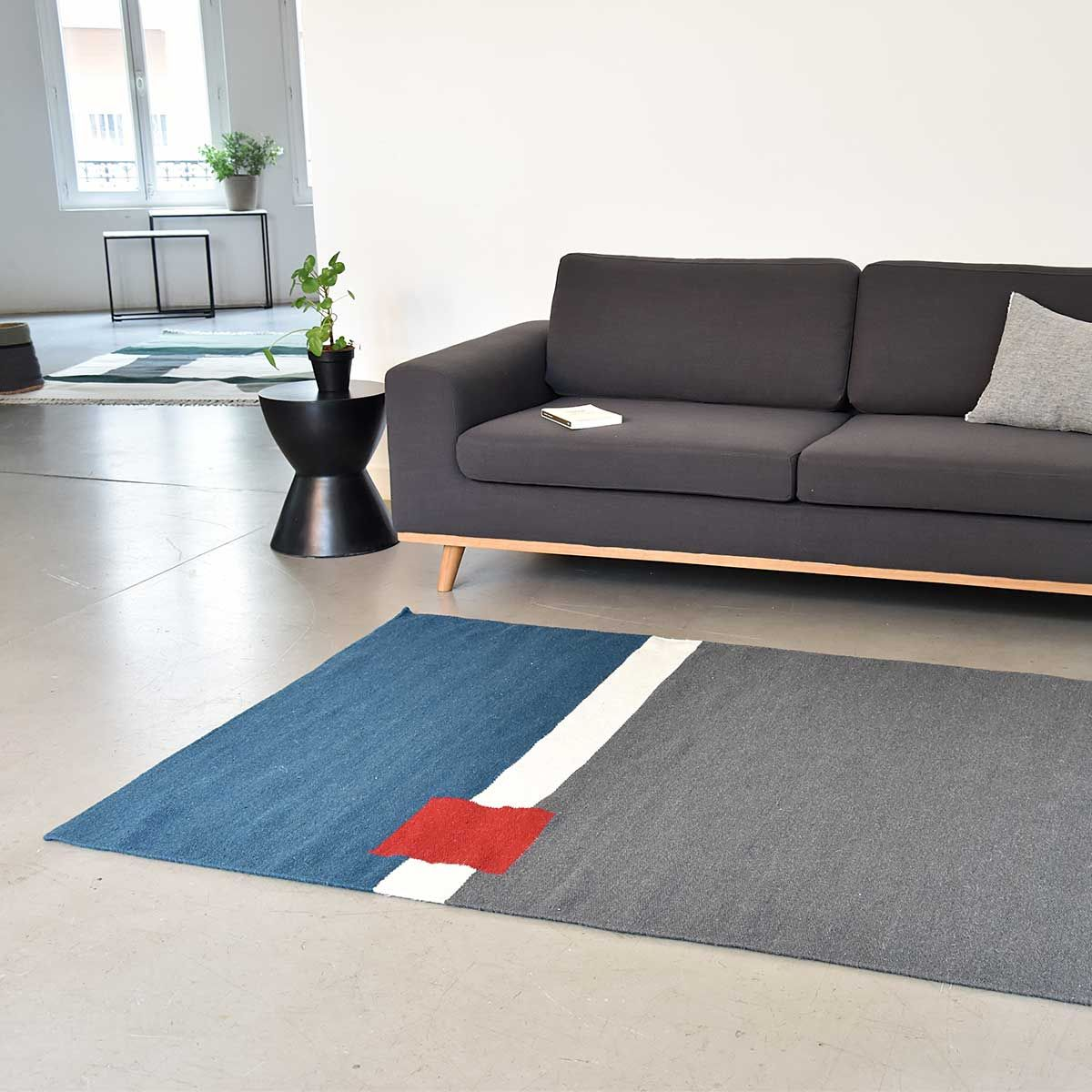 tapis rectangulaire en laine tiss main gris bleu paon et. Black Bedroom Furniture Sets. Home Design Ideas