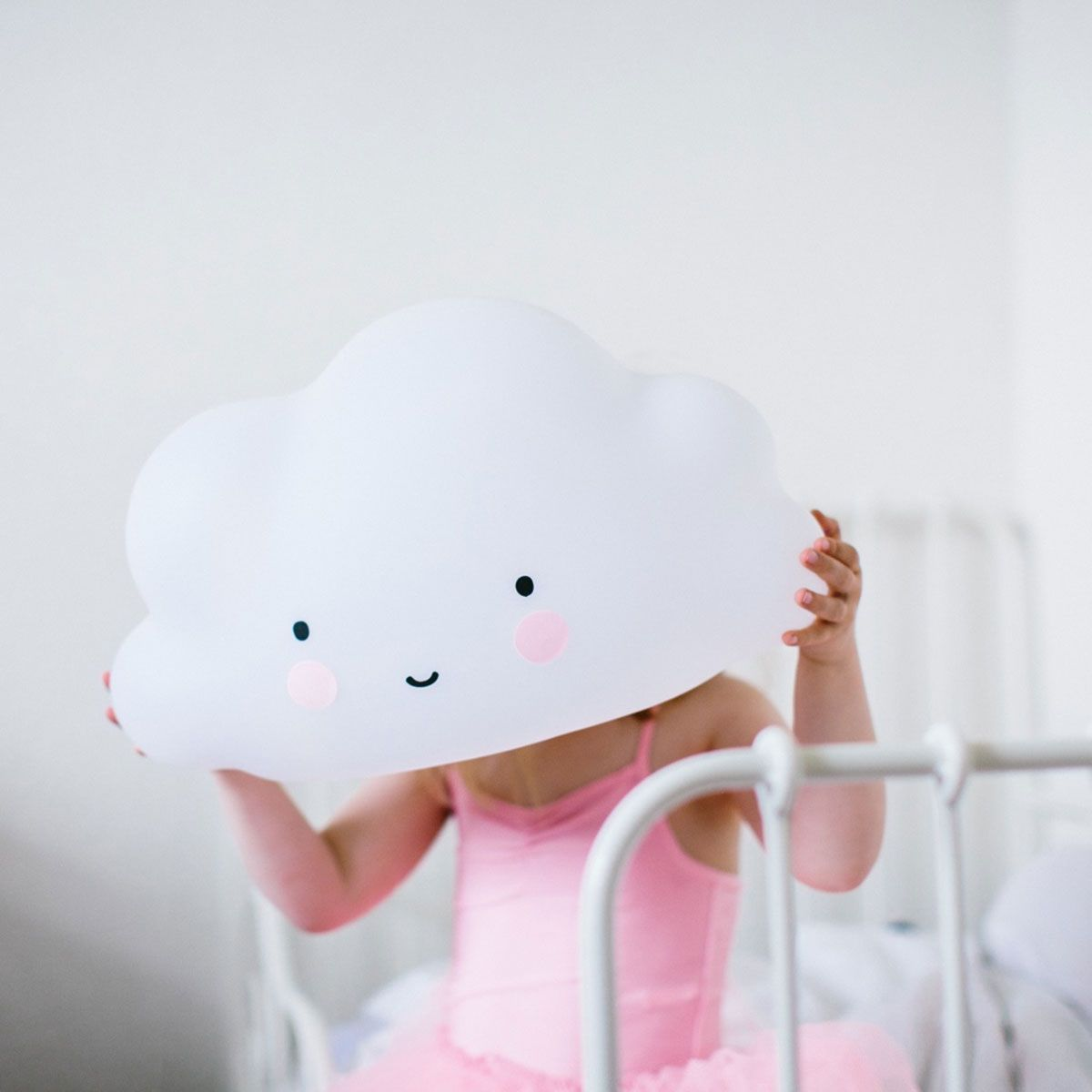 Lampe enfant Nuage blanc A Little Lovely Company