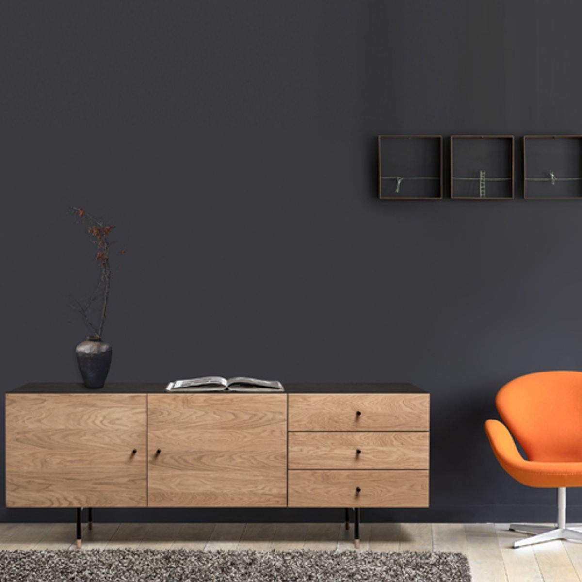 buffet bas 2 portes 3 tiroirs plaqu ch ne et noir jugend. Black Bedroom Furniture Sets. Home Design Ideas
