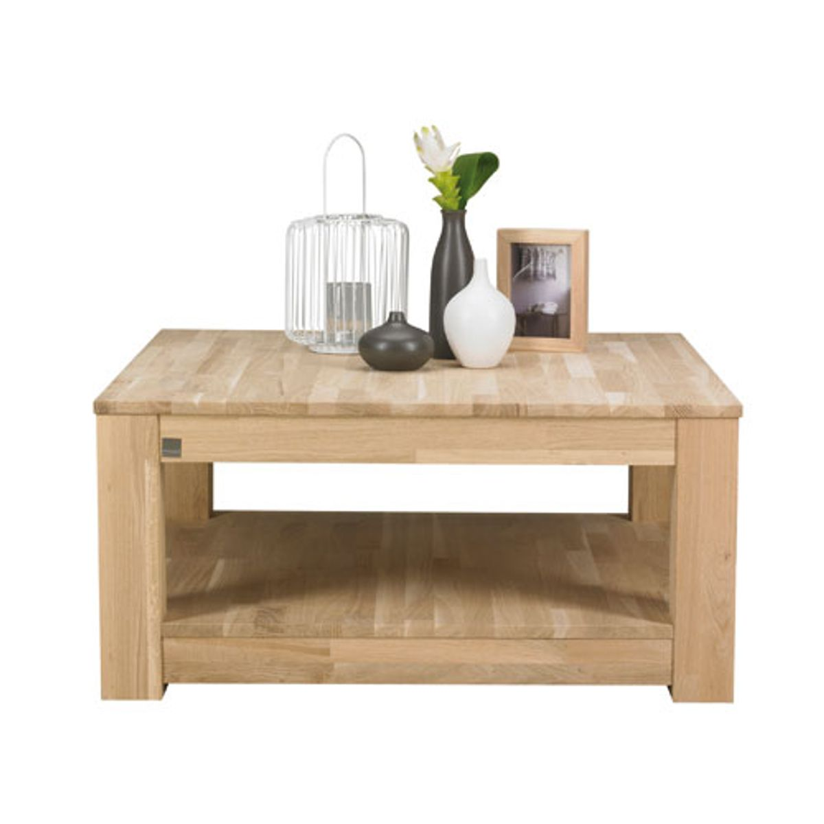 Table basse carr e en ch ne clair storm decoclico for Table basse en chene clair