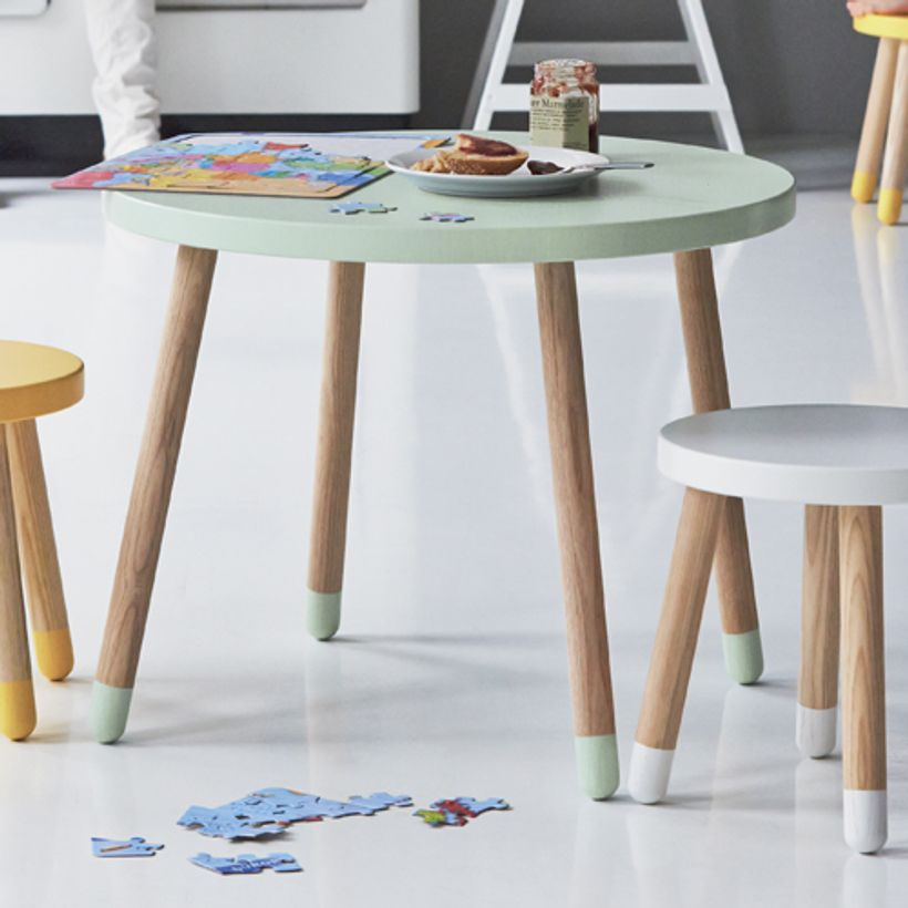 table ronde en bois pour enfant flexa play vert menthe decoclico. Black Bedroom Furniture Sets. Home Design Ideas
